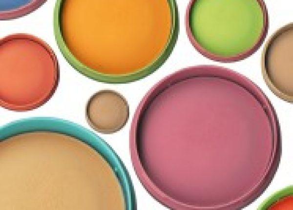 צבעים ומעצב גרפי